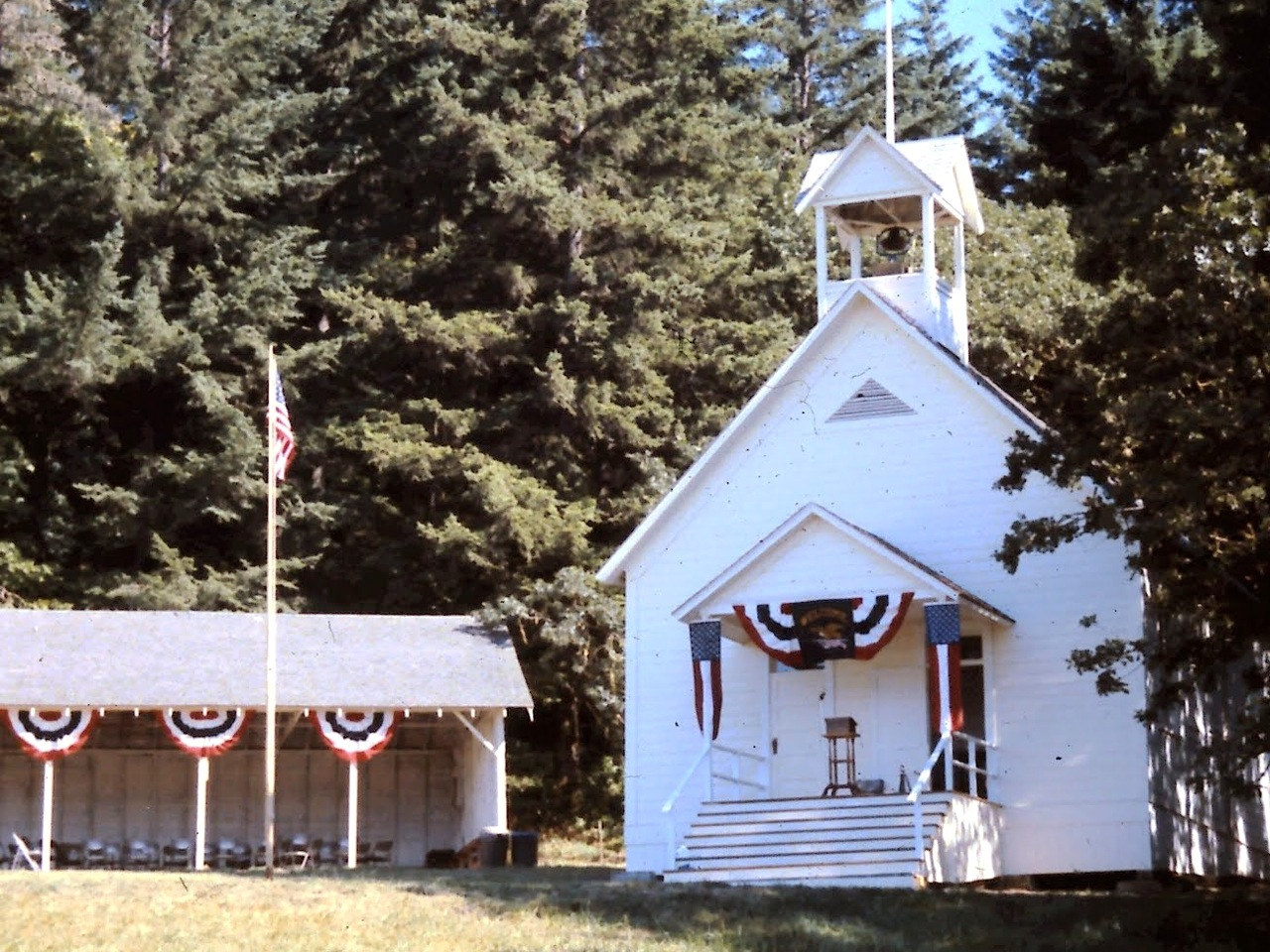 Valley View School at Dedication in 1989