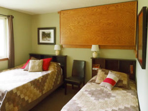 tilikum-lodge-sleeping-room