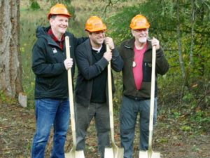 camp-tilikum-writers-cabin-groundbreaking