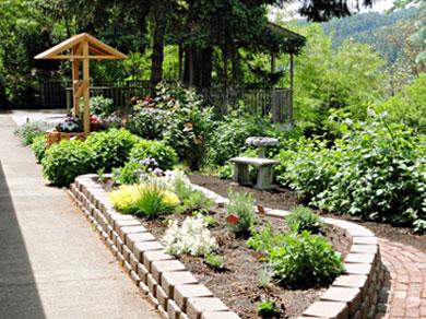 camp-tilikum-herb-garden